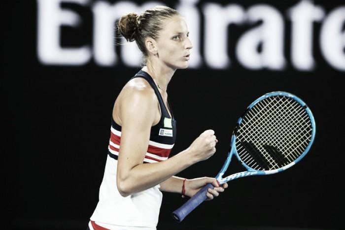 Pliskova sufre ante Strycova para llegar a cuartos de Australia