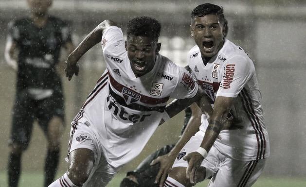 Chuva de gols! São Paulo goleia Palmeira-RN e alivia pressão na Copinha
