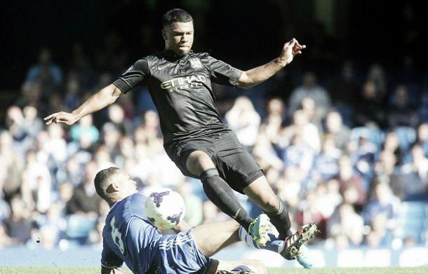 El Manchester City cede a Ellis Plummer al St. Mirren