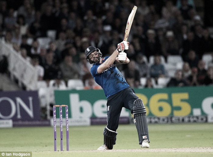 England vs Sri Lanka 1st ODI: Plunkett plunders six off final ball to secure dramatic tie