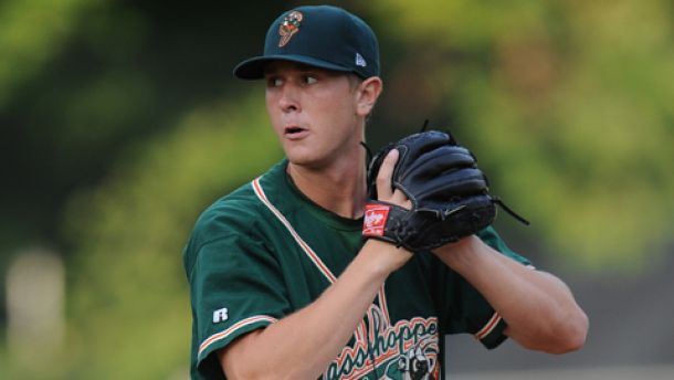 Former Marlins Top Prospect Gets Second Chance At Affiliated Ball, Signs With Rangers