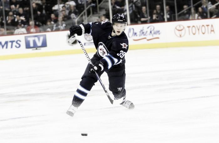Enstrom, nueva baja en la defensa de Winnipeg