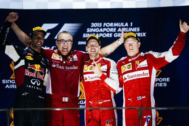 Vettel-show con vittoria e Raikkonen terzo: che Ferrari a Singapore!
