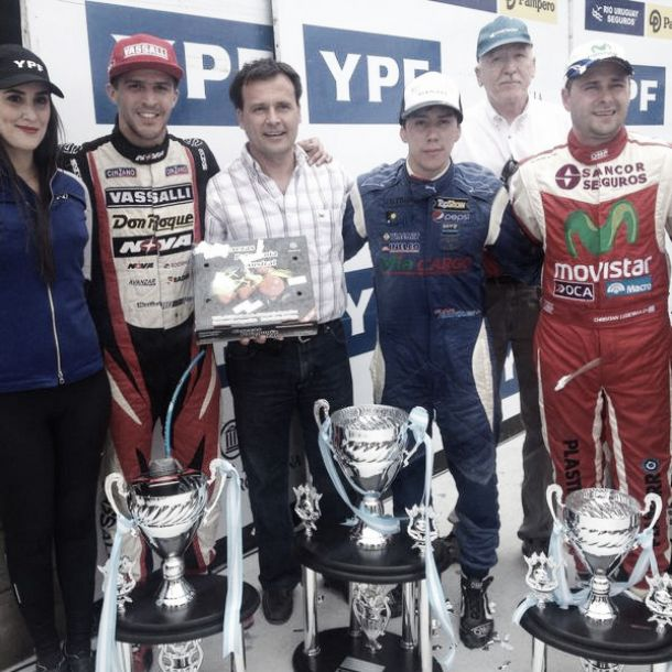 TC: Dodge vencedor, Chevrolet campeón