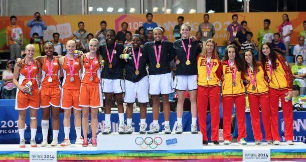 Bronce de las chicas del basket 3x3 en Nankín