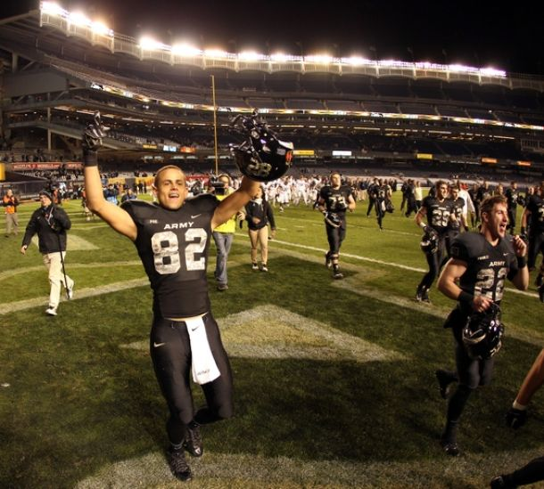 Poetry In Motion: Edgar Allen Poe Scores Late Touchdown To Give Army Homecoming Victory