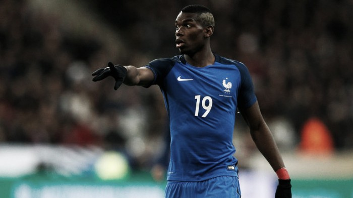 """Manchester United linked Pogba has """"everything"""" insists Ryan Giggs"""