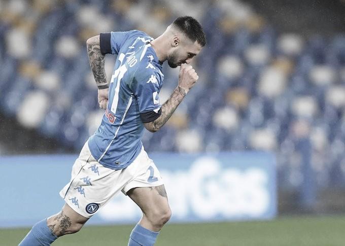 Napoli bate ameaçado Parma e encosta no G-4 da Serie A