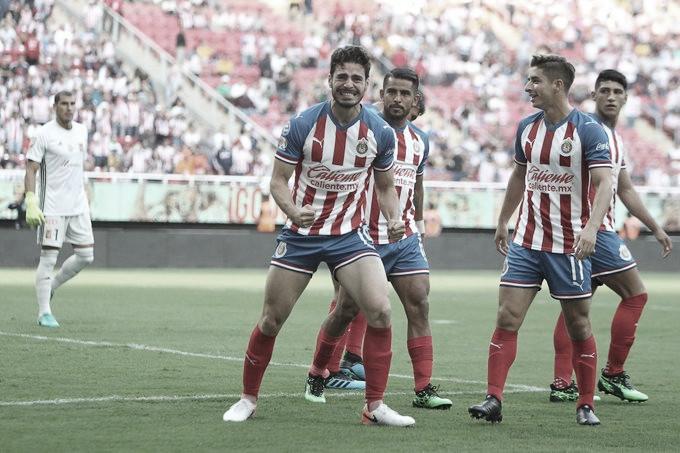 Antonio Briseño conmovido por su debut goleador en Chivas