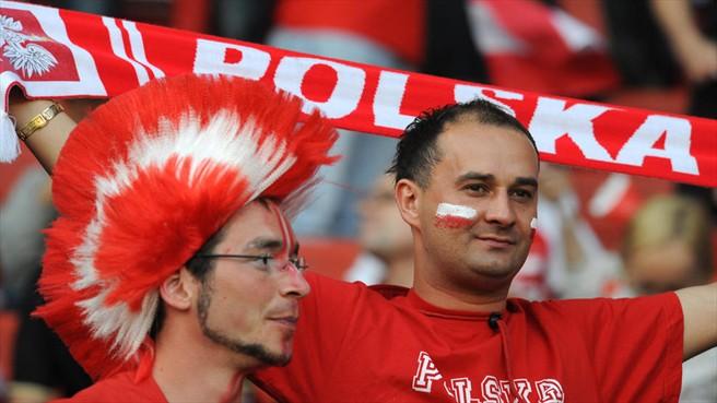Polonia vs Grecia: primer asalto para el anfitrión