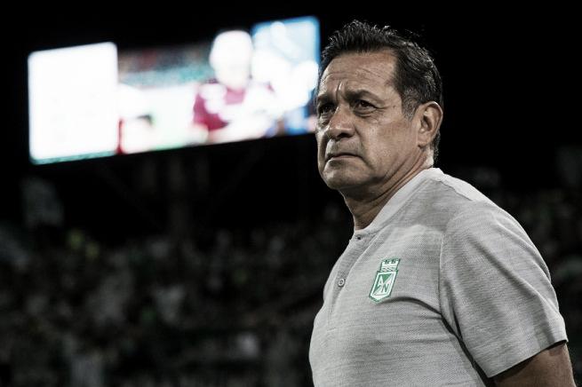 """Pompilio Páez: """"Como cambiaron las circunstancias del partido, había que modificar el equipo"""""""