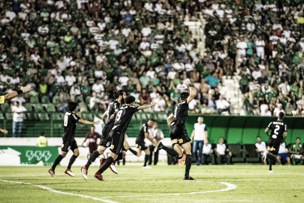 Em jogo de cinco gols, Ponte Preta bate Guarani no dérbi campineiro