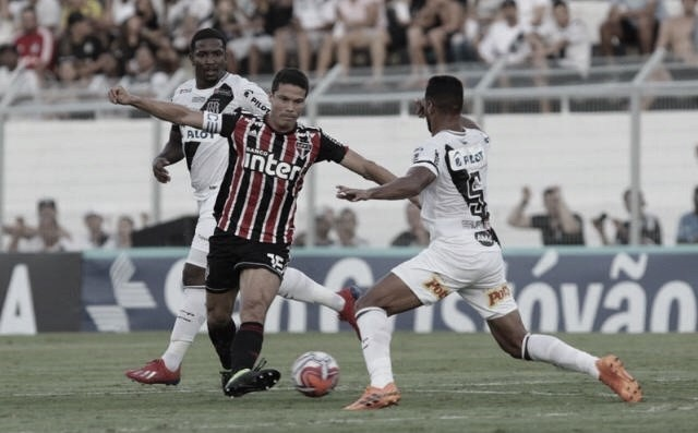 Ponte Preta derrota São Paulo e aumenta pressão sob Jardine