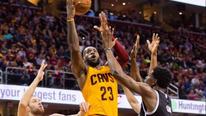 NBA, torna LeBron e Cleveland vince. Chicago passa a Houston e spera ancora