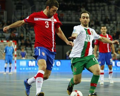 Portugal vence a Serbia en un partido muy táctico y pasa como primera de grupo