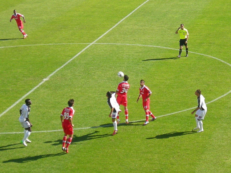 Portimonense lucha hasta el final y empata con Benfica b