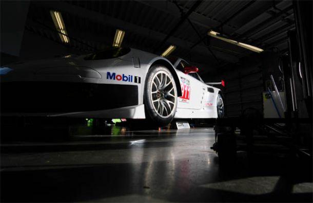 Detalhes do Porsche 911 RSR EVO