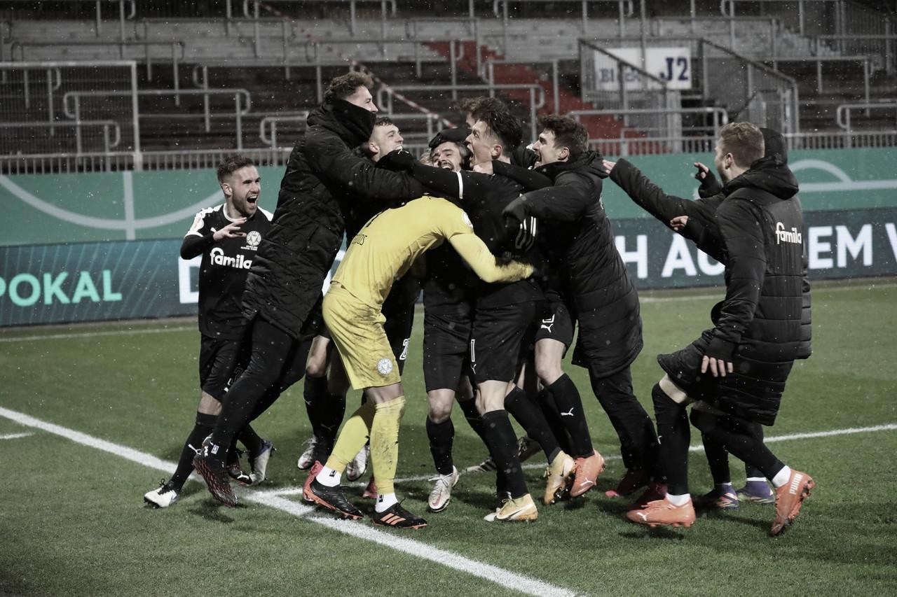 Holstein Kiel elimina a Bayern München de la DFB-Pokal