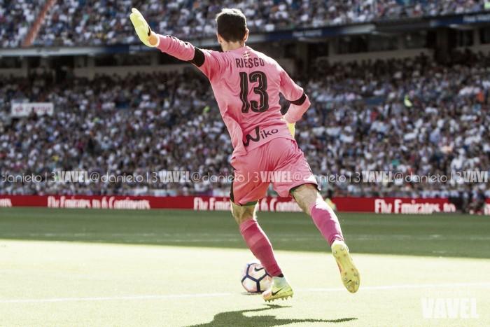 El Eibar ata a Asier Riesgo hasta 2019
