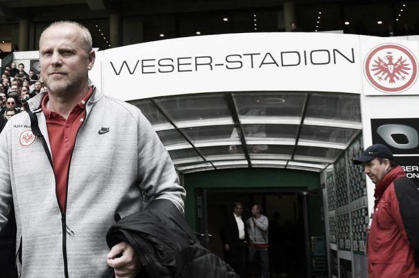 Schaaf dimite como entrenador del Eintracht de Fraknfurt
