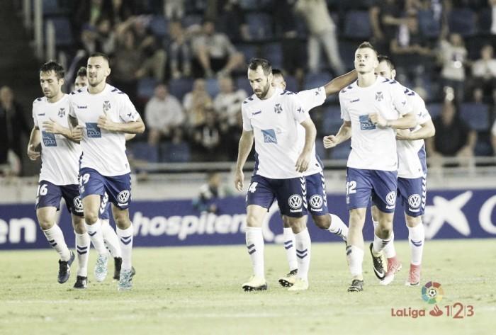 Ojeando al rival: CD Tenerife, otro equipo irregular