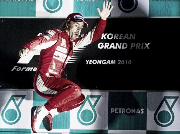 Previa histórica Gran Premio de Corea: 2010, Alonso sobrevive al caos