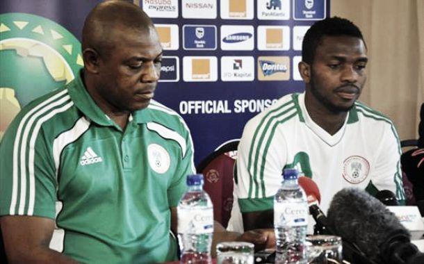 Stephen Keshi y Joseph Yobo dejan la selección de Nigeria
