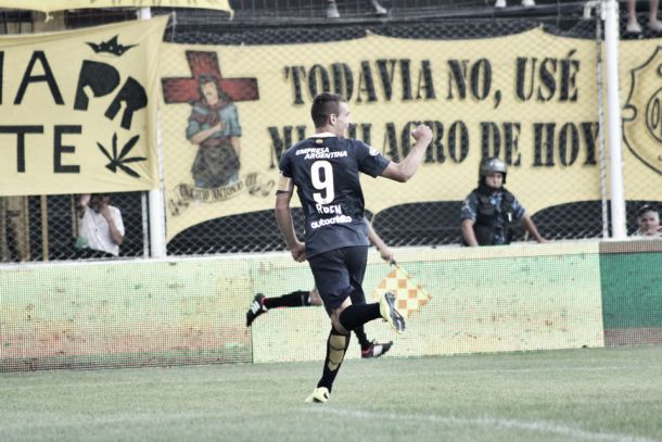 Olimpo 1 – 3 Rosario Central: Puntuaciones del Canaya