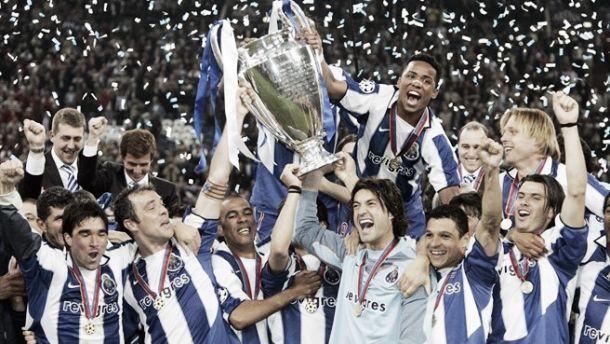 Champions: o Porto do Mou no topo da Europa