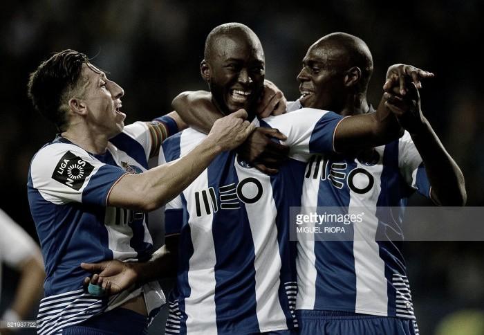 """FC Porto 4-0 Nacional: goleada reveste """"Dragão"""" de esperança no futuro"""