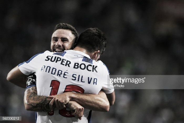 FC Porto x Estoril: Água mole em pedra dura