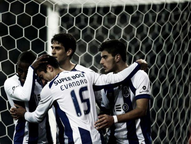 Taça da Liga: Porto goleia, Sporting marca passo contra sadinos