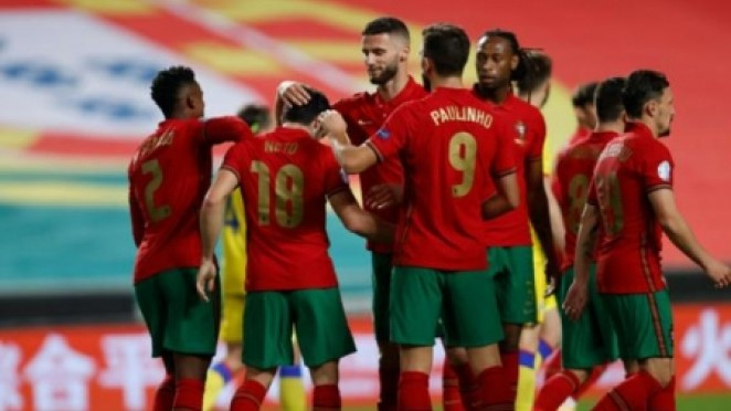 Domingos Duarte celebrando con sus compañeros un gol frente a Andorra | Foto: Instagram Domingos Duarte