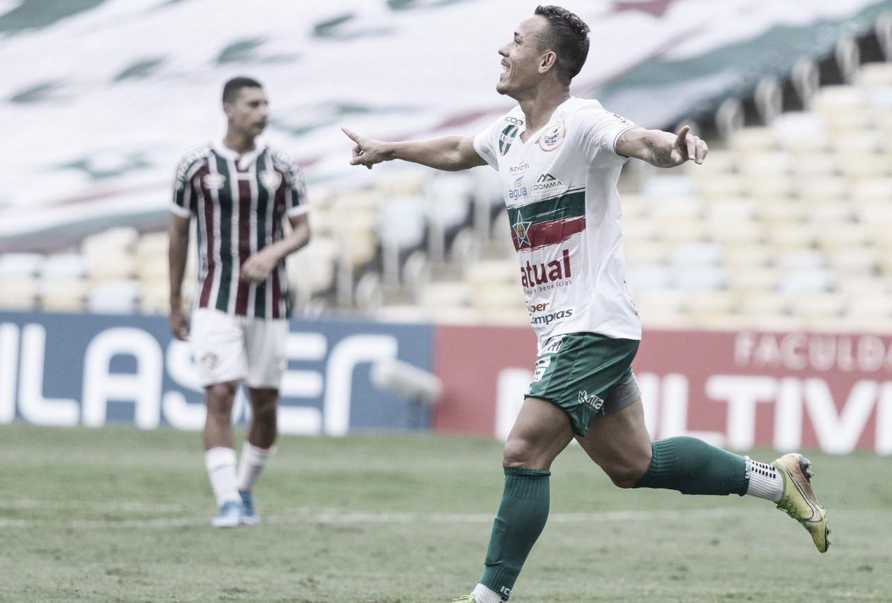 Portuguesa atropela Fluminense e assume liderança do Carioca