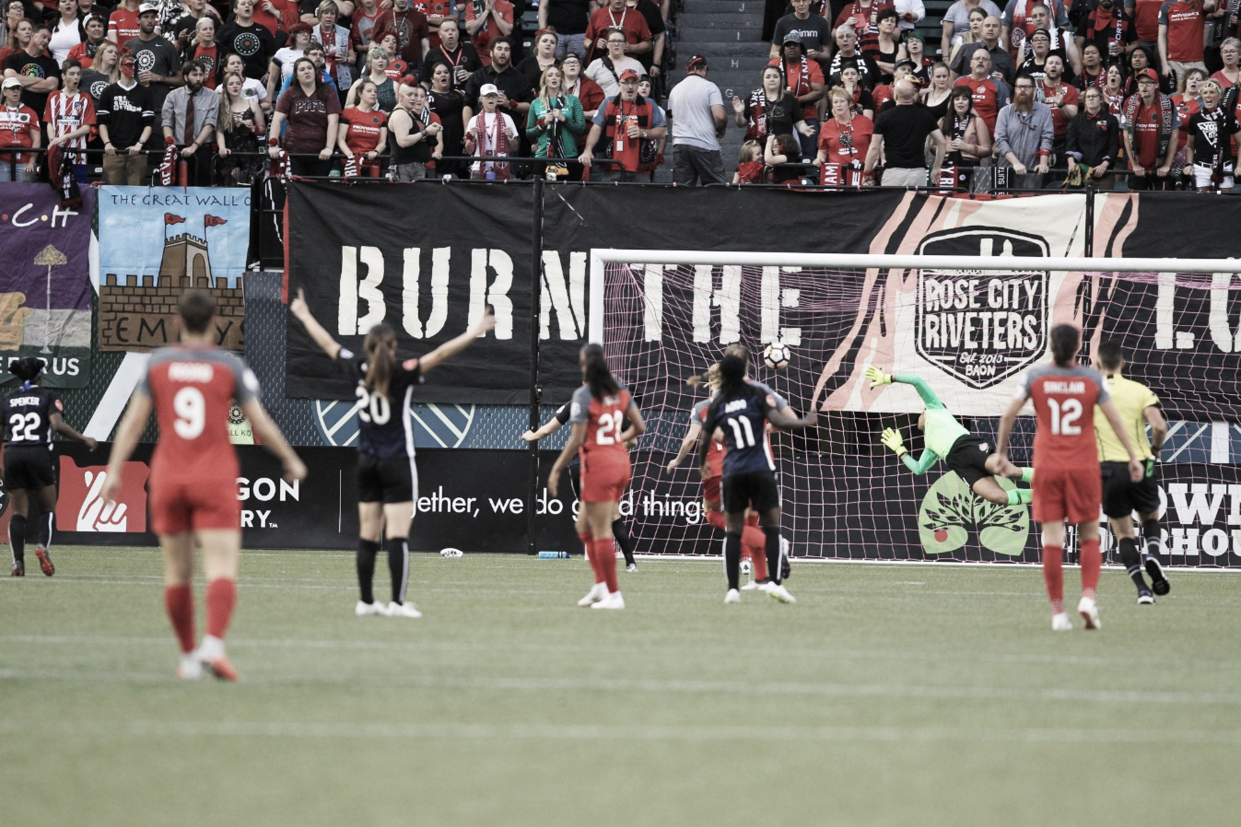 Portland Thorns FC vs Seattle Reign FC: Taking the Cascadia Rivalry to the playoffs