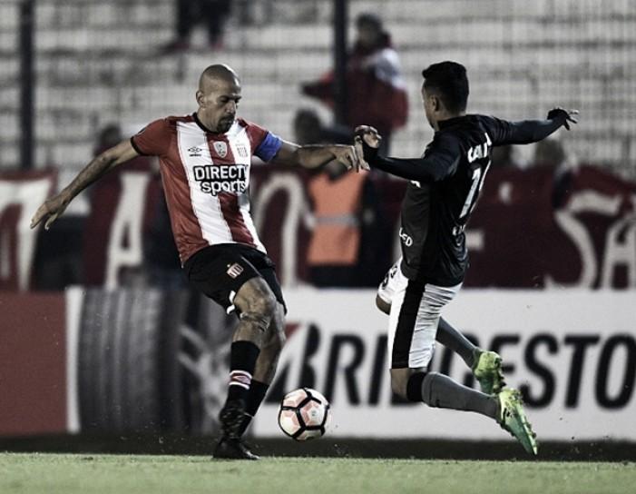 Botafogo perde para Estudiantes, mas se classifica em primeiro lugar do grupo na Libertadores