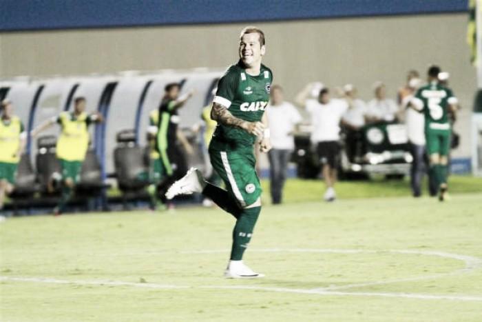 Goiás aplica goleada sobre Cuiabá e abre boa vantagem para jogo da volta