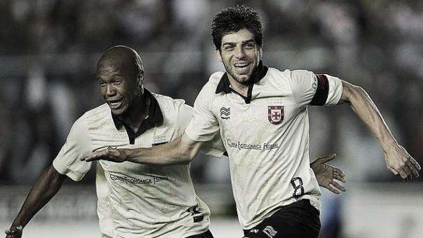 Em jogo de 5 gols e com um 2º tempo eletrizante, Vasco vence o Criciúma