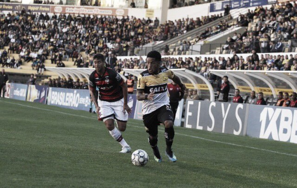 Em jogo marcado por confusão, expulsões e gol no fim, Criciúma e Atlético-GO empatam pela Série B