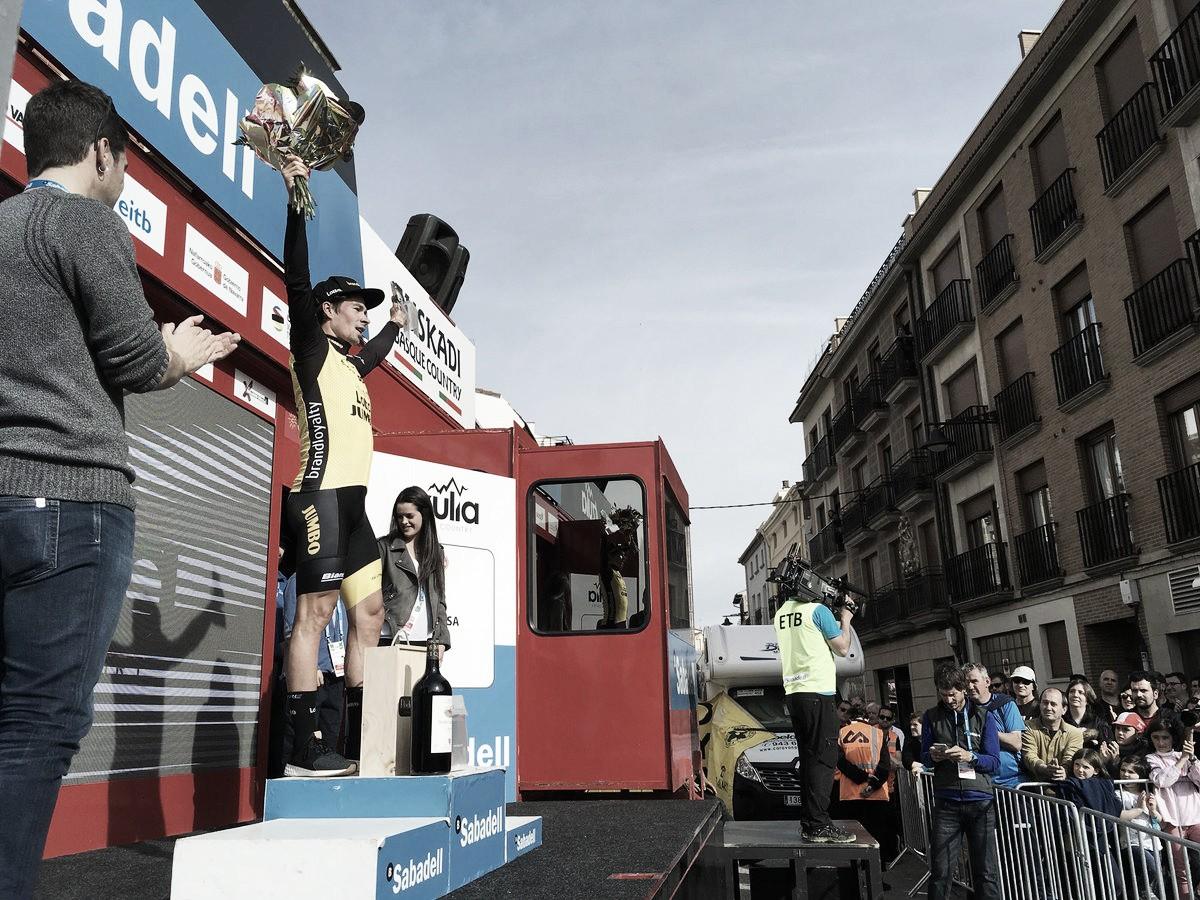 Giro dei Paesi Baschi, Roglic vola a cronometro ed è maglia gialla