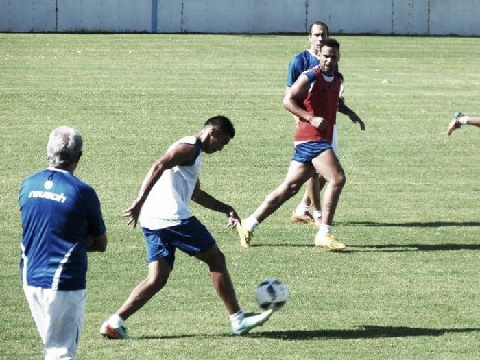 Burruchaga paró un probable equipo para recibir a San Martín