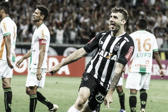 Pratto marca golaço, Atlético-MG vence América e mantém caça ao topo do Brasileirão