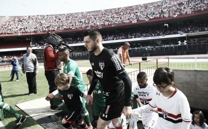 Chapecoense recebe São Paulo sonhando com algo a mais na Série A