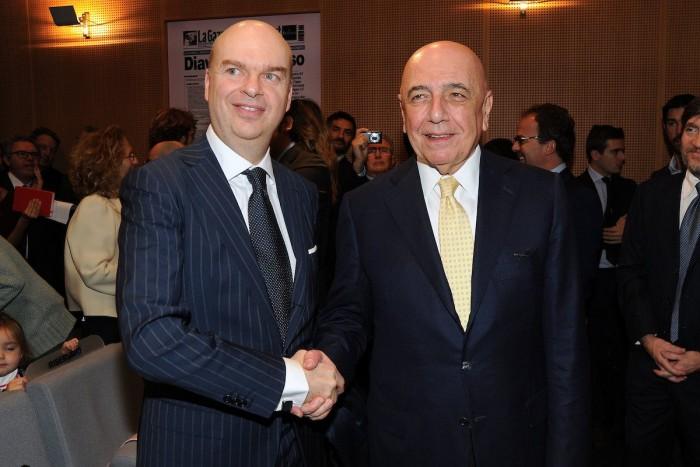 Closing Milan, slitta tutto a dicembre? E Berlusconi potrebbe restare…