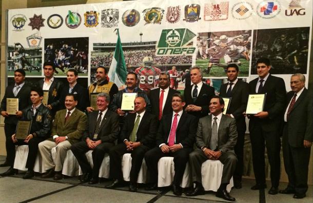 La UNAM mantiene el dominio en los premios ONEFA 2013