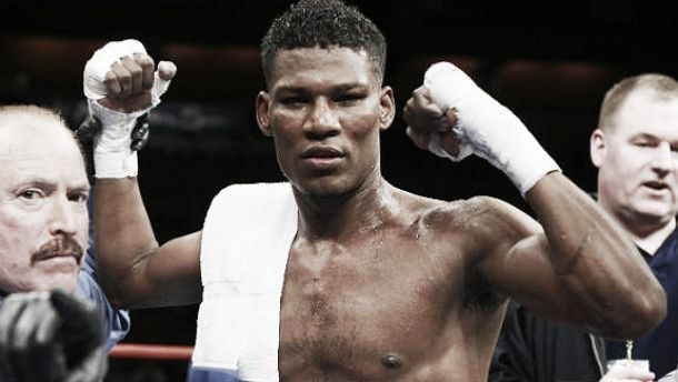 Fredrick Lawson remains undefeated after narrow victory against Breidis Prescott