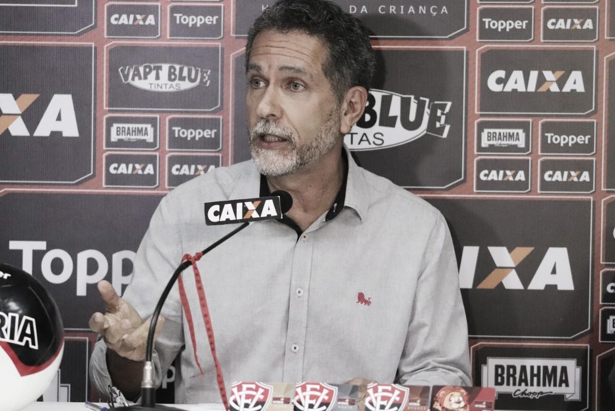 Segundo presidente Ricardo David, Vitória espera anunciar treinador até domingo