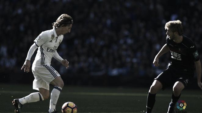 Previa Real Madrid - Granada: duelo por el liderato en el Bernabéu