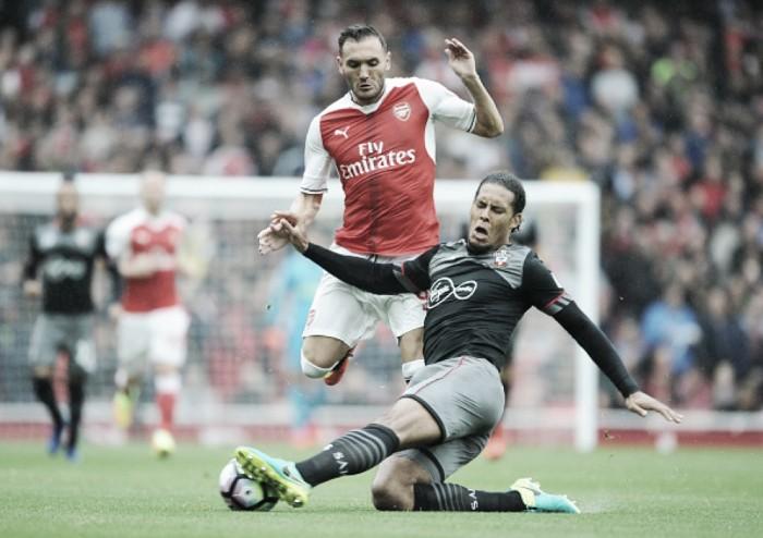Arsenal - Southampton: un paso más, un mes menos