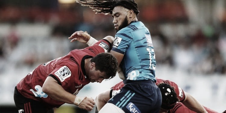 El superclásico neozelandés acapara los flashes en la décima quinta semana del Super Rugby